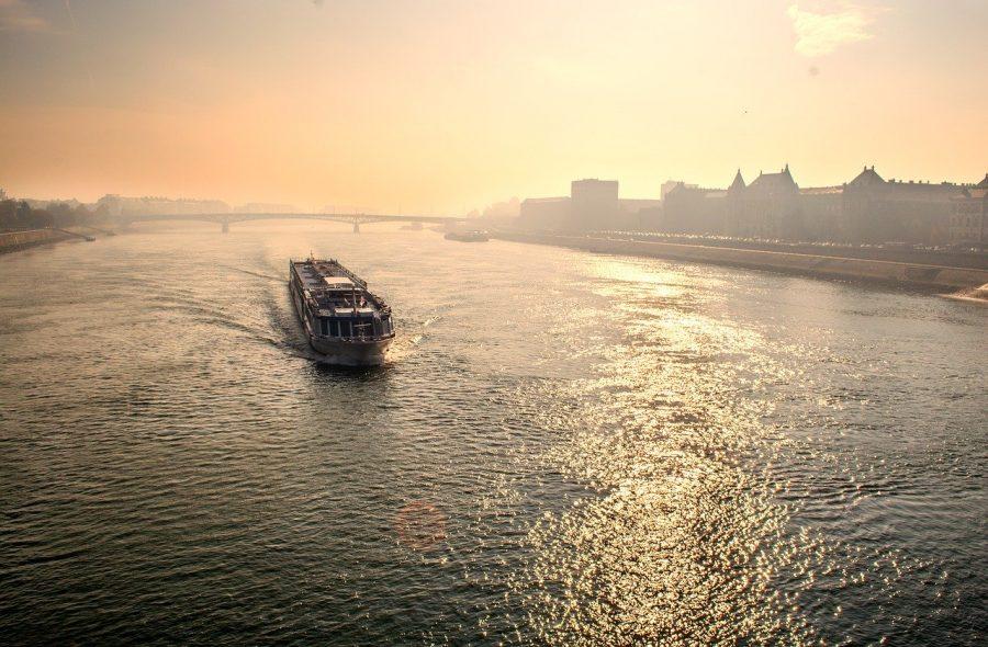 Come risparmiare sul viaggio in traghetto