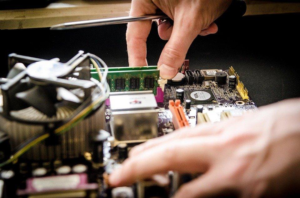 Dove comprare i migliori componenti elettronici?