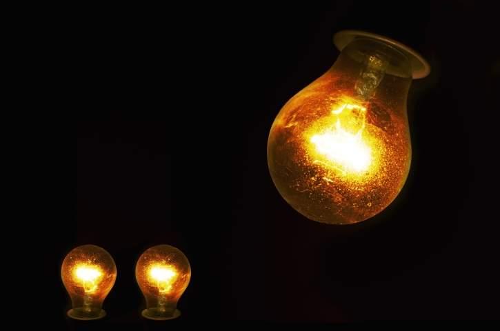 """Blackout, come """"sopravvivere"""" in caso di interruzione di corrente"""