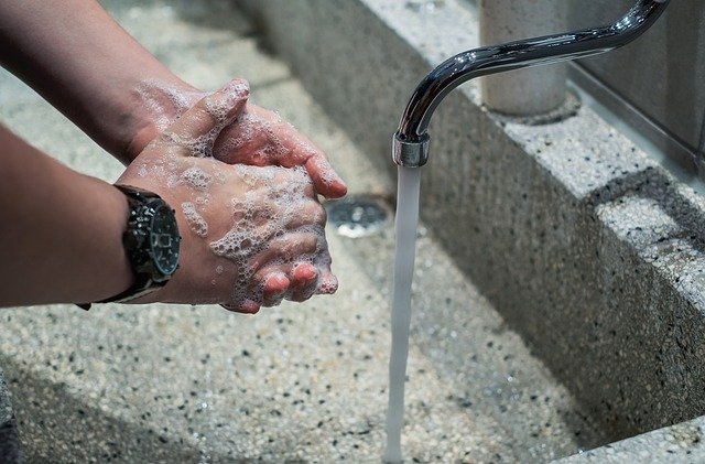 Contestare la bolletta dell'acqua come inoltrare un reclamo