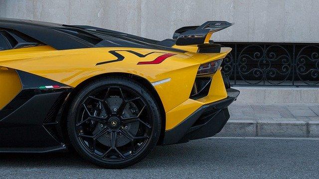 Guidare una Lamborghini