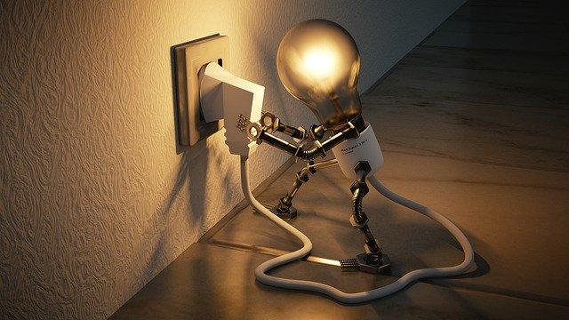 Cosa fare quando salta la luce Cause e rimedi di un problema che può gettare nello sconforto