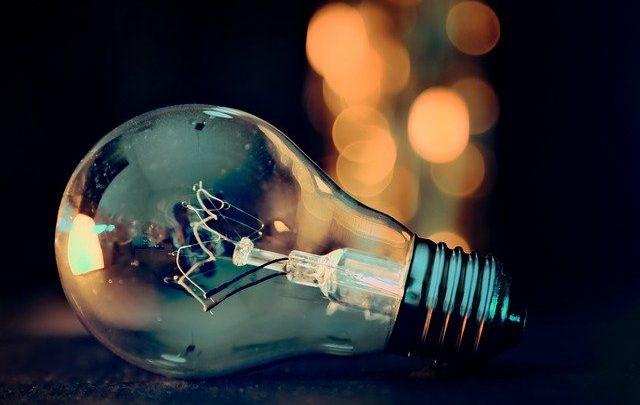 Tensione vs corrente elettrica, facciamo chiarezza