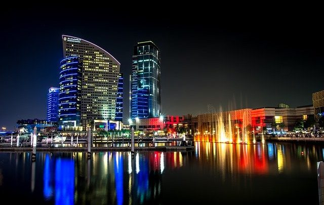 Freezone di Dubai: vale la pena trasferirsi in questa città?
