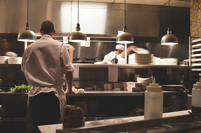 Scopri come aprire un ristorante senza commettere errori