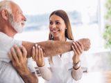 Fisioterapista: cosa fa, quali competenze e come diventarlo