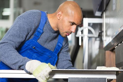 Linea di taglio: meglio puntare su macchinari di qualità